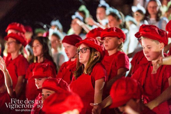 Filage en costume du 10 juillet 2019, fête des vignerons 2019 - Chœurs de la Fête, Enfants protecteurs, Répétitions, Photographies de la Fête des Vignerons 2019.