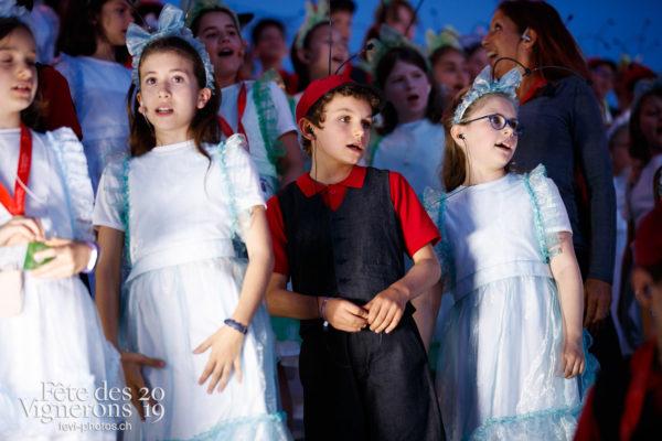 Filage en costumes - Musiciens de la Fête, Voix d'enfants, Photographies de la Fête des Vignerons 2019.