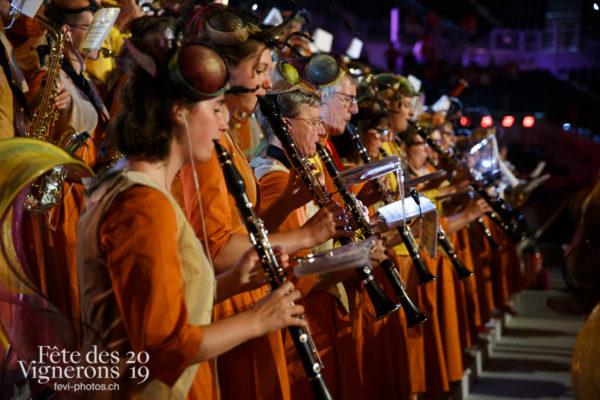 Filage en costumes - Harmonie de la Fête, Musiciens de la Fête, Photographies de la Fête des Vignerons 2019.