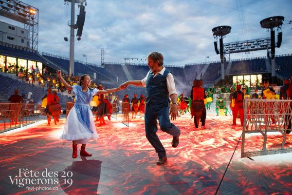 Filage en costumes - Choristes-percussionnistes, Filage, Fourmis, Grand-père, Michel Voïta, Petite Julie, Répétitions, Vendanges, Photographies de la Fête des Vignerons 2019.