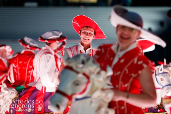 Filage en costumes - Cent pour Cent, Faux chevaux, Filage, Répétitions, Photographies de la Fête des Vignerons 2019.