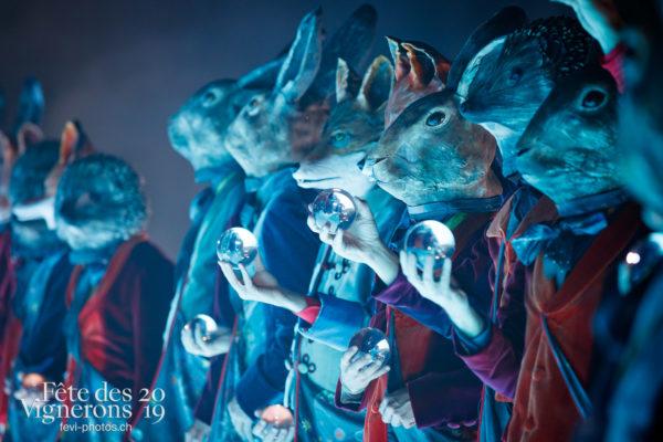 Filage en costumes - Filage, Hommes du premier printemps, Larmes, Répétitions, Photographies de la Fête des Vignerons 2019.