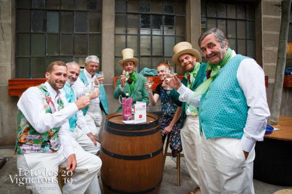 Filage en costumes - Caveaux, Vignerons primés, Ville en Fête, Photographies de la Fête des Vignerons 2019.