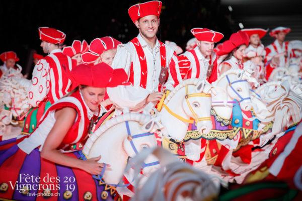 Répétition générale - Cent pour Cent, Faux chevaux, Répétition générale, Spectacle, Photographies de la Fête des Vignerons 2019.