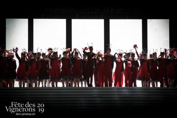 Représentation - Choristes-percussionnistes, Fourmis, Photographies de la Fête des Vignerons 2019.