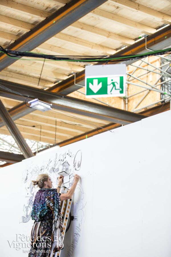 07-21_st_gall&coulisses_JulieM-6870 - Coulisses, dessins-coulisses, Etourneaux, Photographies de la Fête des Vignerons 2019.