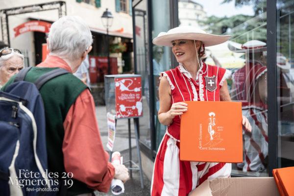 08-05_rues_photoshop_©JulieMasson-2 - Cent pour Cent, Rue, Photographies de la Fête des Vignerons 2019.