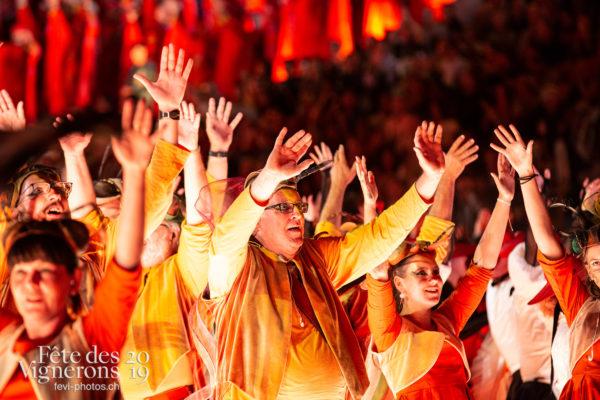 08-08_spectacle_photoshop©JulieMasson-7442 - Choristes-percussionnistes, Fourmis, Harmonie de la Fête, percu-choristes, Percussionnistes, Sauterelles, Spectacle, Photographies de la Fête des Vignerons 2019.