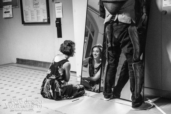 08-09_rue_coulisses_photoshop_©JulieMasson-9103 - Choristes-percussionnistes, Coulisses, Fourmis, percu-choristes, Percussionnistes, Sauterelles, Photographies de la Fête des Vignerons 2019.