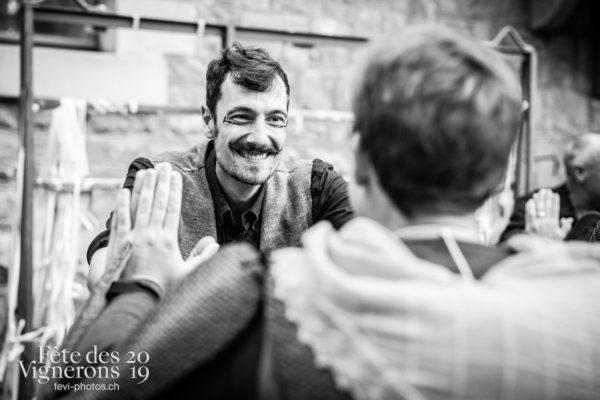 08-09_rue_coulisses_photoshop_©JulieMasson-9137 - Choristes-percussionnistes, Fourmis, percu-choristes, Percussionnistes, Rue, Sauterelles, Photographies de la Fête des Vignerons 2019.