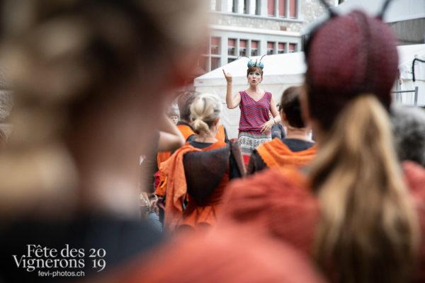 08-09_rue_coulisses_photoshop_©JulieMasson-9179 - Chefs des choeurs, Choristes-percussionnistes, Fourmis, percu-choristes, Percussionnistes, Rue, Sauterelles, Photographies de la Fête des Vignerons 2019.