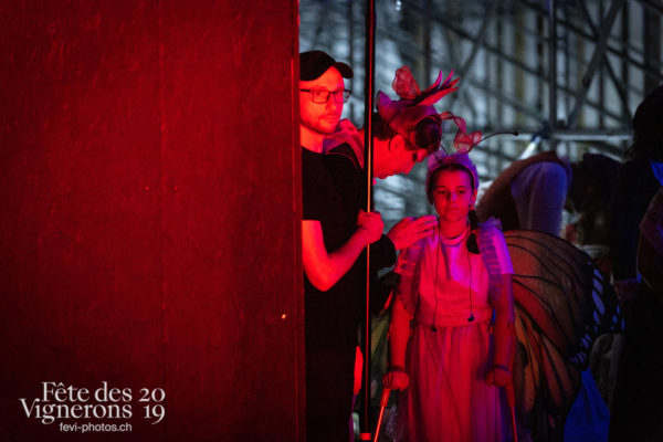 08-09_rue_coulisses_photoshop_©JulieMasson-9316 - Coulisses, Musiciens de la Fête, Technique, Voix d'enfants, Photographies de la Fête des Vignerons 2019.