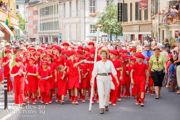 Cortège de la Confrérie - Cortège, Cortèges Confrérie, Enfants protecteurs, Marmousets, Photographies de la Fête des Vignerons 2019.