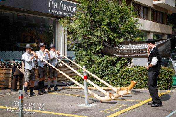 Ambiance en ville - Cors des Alpes, Journées cantonales, Valais, Ville en Fête, Photographies de la Fête des Vignerons 2019.