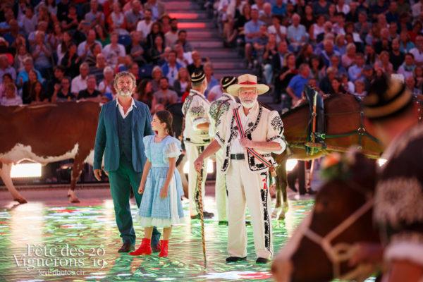 Spectacle - Armailli 1819, Armaillis, Grand-père, Hommes de lait, Michel Voïta, Petite Julie, Ranz des vaches, Spectacle, Photographies de la Fête des Vignerons 2019.