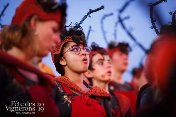 Spectacle - Armaillis, Choristes-percussionnistes, Fourmis, Hommes de lait, Ranz des vaches, Spectacle, Photographies de la Fête des Vignerons 2019.