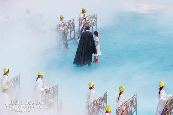 Spectacle - Grand-père, Maîtres-Tailleurs, Michel Voïta, Petite Julie, Spectacle, Taille, Photographies de la Fête des Vignerons 2019.