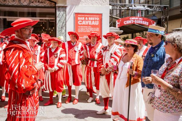 Remise de médailles, Cent-Suisses - Cent suisses, commissaires, Confrérie des Vignerons, Direction artistique, medaille, Sabine Carruzzo, Photographies de la Fête des Vignerons 2019.