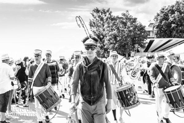 Cortège de la confrérie du 31 juillet 2019, Vevey, fête des vignerons - Choristes-percussionnistes, Cortège, Cortèges Confrérie, fanfare-du-chablais, Fourmis, percu-choriste, Percussionnistes, Sauterelles, Photographies de la Fête des Vignerons 2019.