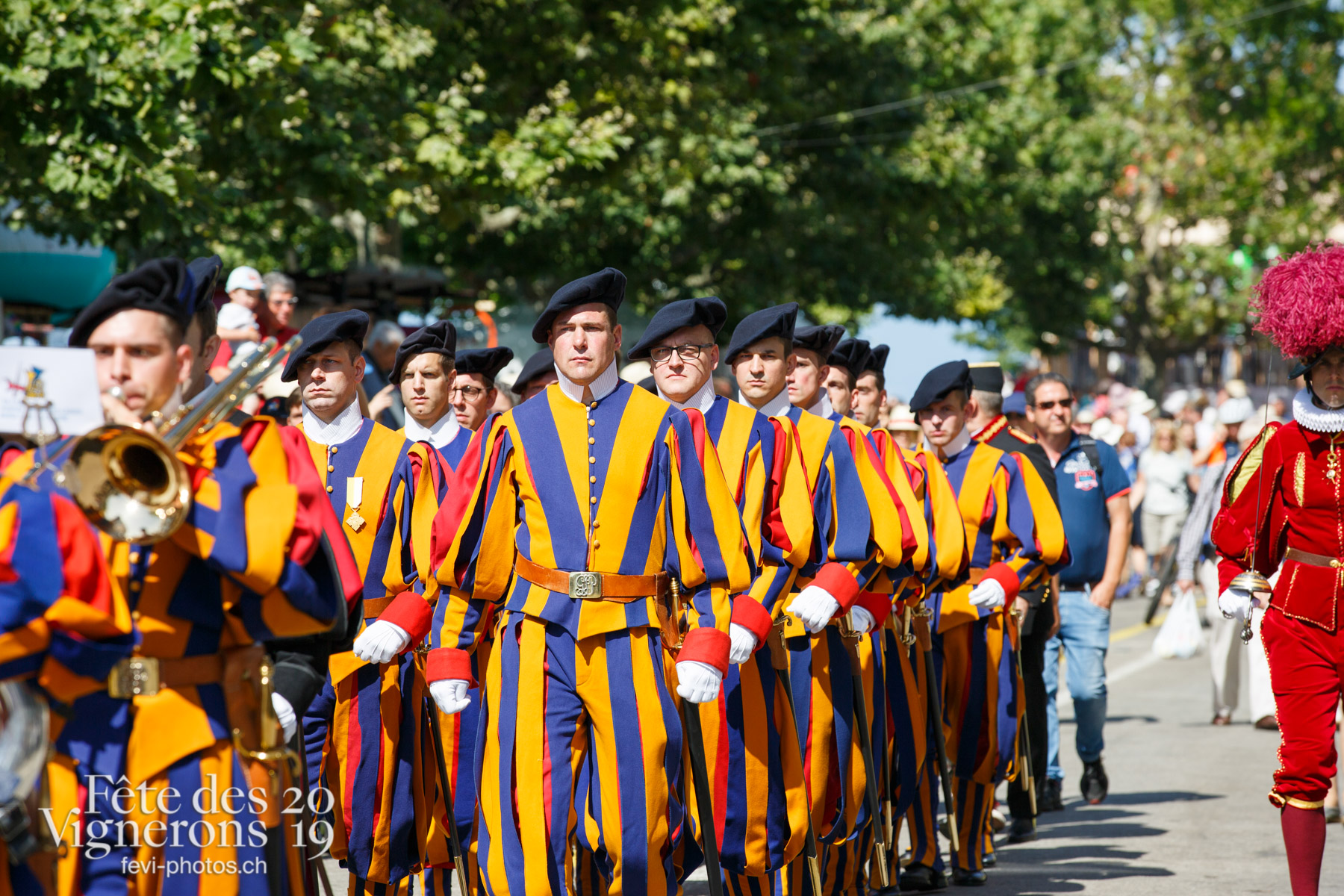 Garde suisse - cortège, défilé, garde suisse. Photographes de la Fête des Vignerons 2019