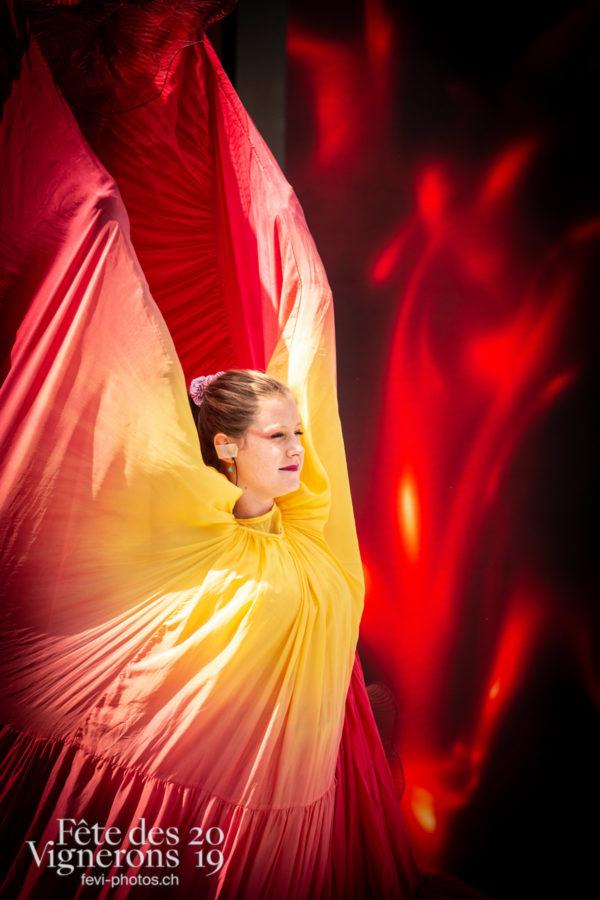 Spectacle - Flammes, Loïe Fuller, Spectacle, Photographies de la Fête des Vignerons 2019.