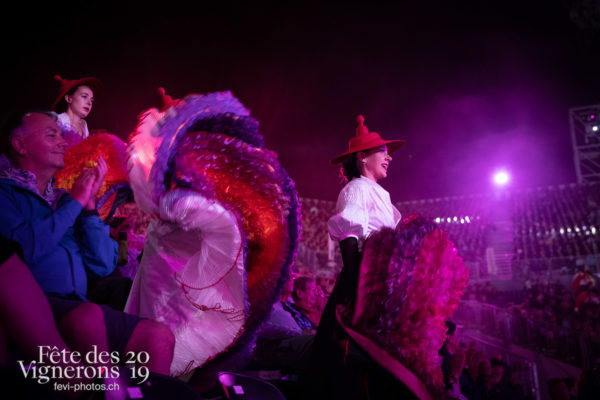 2019-08-02_spectacle_21h00_photoshop_JulieM-4422 - Effeuilleuses, Spectacle, Vendanges, Photographies de la Fête des Vignerons 2019.