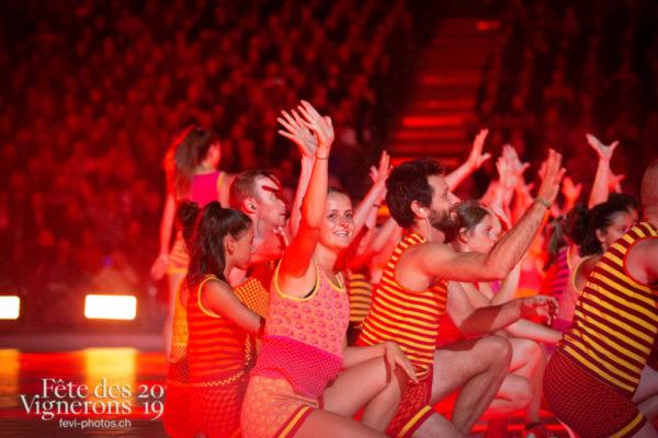 2019-08-02_spectacle_21h00_photoshop_JulieM-5216 - Flammes, J'arrache, Spectacle, Sport Flammes, Photographies de la Fête des Vignerons 2019.