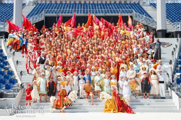 Photo de groupe de l'association cantonale vaudoise de gymnastique - acvg, association-cantonale-vaudoise-de-gymnastique, groupe, Photographies de la Fête des Vignerons 2019.