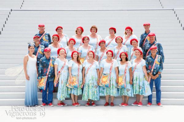 Photo de groupe du choeur de Corseaux - choeur-corseaux, Chœurs de la Fête, groupe, Musiciens de la Fête, Studio, Photographies de la Fête des Vignerons 2019.