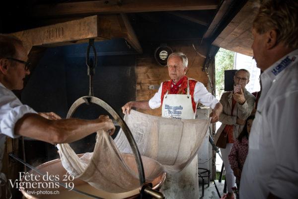 L'abbé président au Tsalé - Abbé Président, François Margot, tsale, Photographies de la Fête des Vignerons 2019.