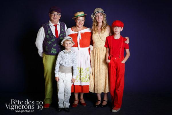 Studio du 9 août - Enfants protecteurs, Noce, Saint-Martin, Studio, Photographies de la Fête des Vignerons 2019.