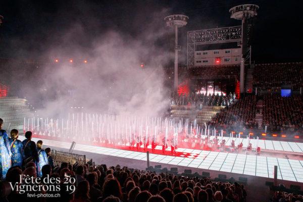 Spectacle - Arène, Cent pour Cent, Spectacle, Photographies de la Fête des Vignerons 2019.