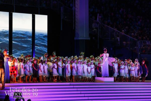 Spectacle - Musiciens de la Fête, Poésie de l'eau, Spectacle, Voix d'enfants, Photographies de la Fête des Vignerons 2019.