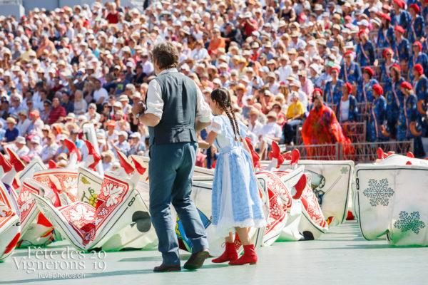 Spectacle de jour, dernière représentation - Cartes, Grand-père, Michel Voïta, Petite Julie, Spectacle, Spectacle jour, Photographies de la Fête des Vignerons 2019.