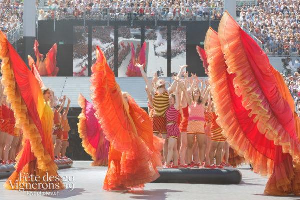 Spectacle de jour, dernière représentation - Flammes, J'arrache, Loïe Fuller, Spectacle, Spectacle jour, Sport Flammes, Photographies de la Fête des Vignerons 2019.