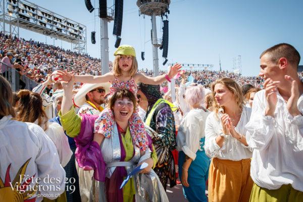 Spectacle, dernier final - Cartes, Final, Maîtres-Tailleurs, Spectacle, Spectacle jour, Photographies de la Fête des Vignerons 2019.