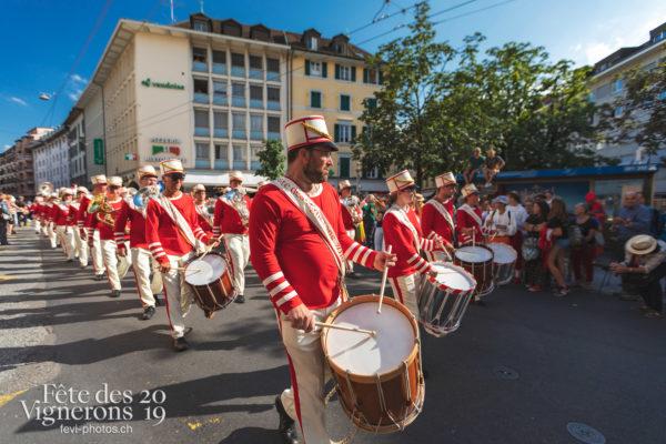 Cortège de la Confrérie - Cortège, Cortèges Confrérie, fanfares, Ville en Fête, Photographies de la Fête des Vignerons 2019.