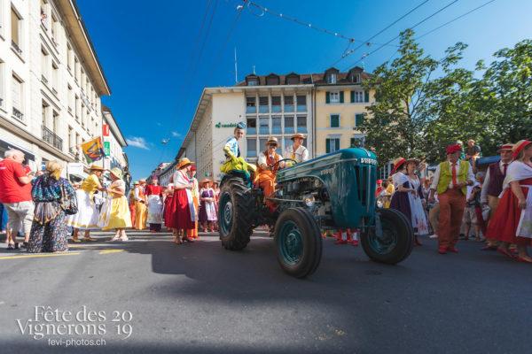 Cortège de la Confrérie - Cortège, Cortèges Confrérie, Saint-Martin, Ville en Fête, Photographies de la Fête des Vignerons 2019.