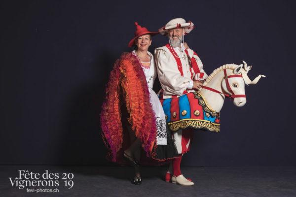 Studio - Cent pour Cent, Effeuilleuses, Faux chevaux, Studio, Photographies de la Fête des Vignerons 2019.