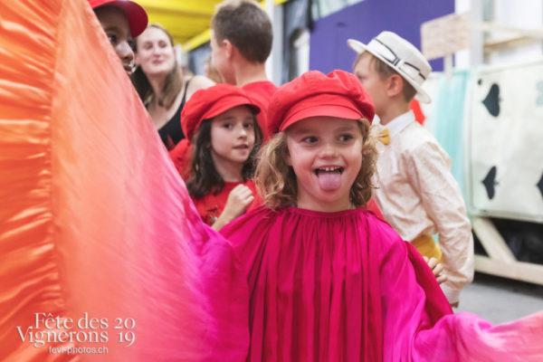 spectacle de nuit - Enfants protecteurs, Flammes, Loïe Fuller, Photographies de la Fête des Vignerons 2019.