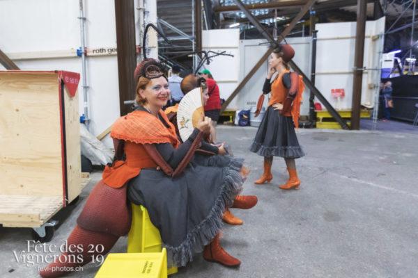 spectacle de nuit - Choristes-percussionnistes, Fourmis, Photographies de la Fête des Vignerons 2019.