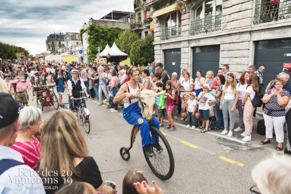 Cortège - Cortège, Journées cantonales, Neuchâtel, Photographies de la Fête des Vignerons 2019.