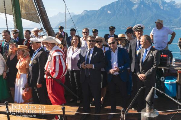 Accueil des autorités cantonales de Vaud - Autorités, Cent suisses, Journées cantonales, vaud, Photographies de la Fête des Vignerons 2019.