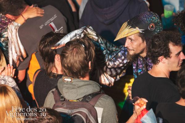 Les Vendangeurs Masqués - FAR 2019 - Etourneaux, etourneaux placeurs, Festival des artistes de rue, Ville en Fête, Photographies de la Fête des Vignerons 2019.