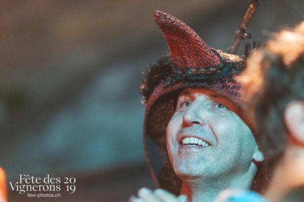 Les Vendangeurs Masqués - FAR 2019 - Festival des artistes de rue, Fourmis, Ville en Fête, Photographies de la Fête des Vignerons 2019.