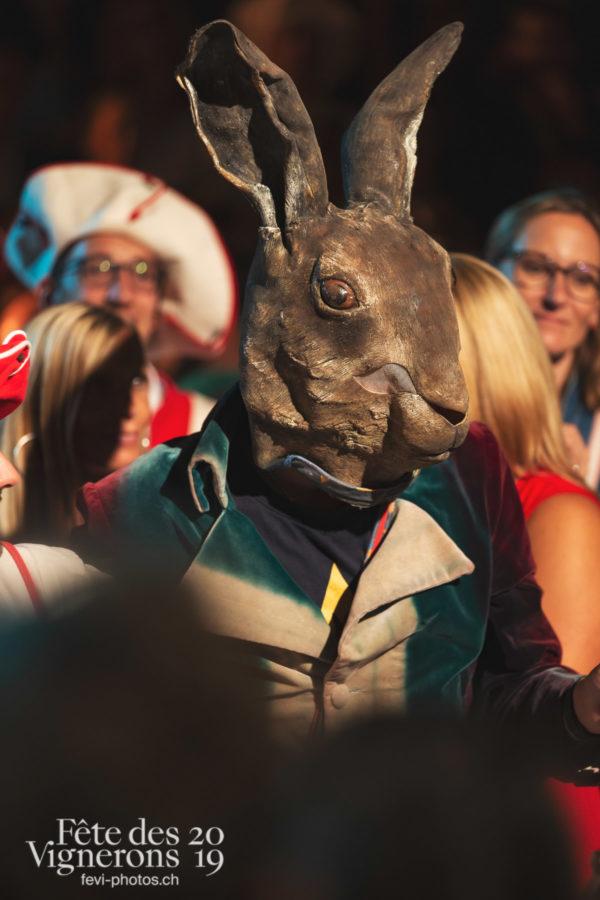 Les Vendangeurs Masqués - FAR 2019 - Festival des artistes de rue, Hommes du premier printemps, Ville en Fête, Photographies de la Fête des Vignerons 2019.