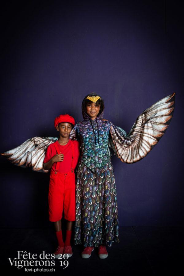 studio_juillet_aout_©JulieMasson-6524 - Enfants protecteurs, Etourneaux, Studio, Photographies de la Fête des Vignerons 2019.