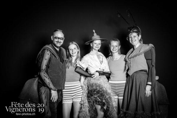 studio_juillet_aout_©JulieMasson-8227 - Choristes-percussionnistes, Effeuilleuses, Flammes, Fourmis, J'arrache, percu-choristes, Percussionnistes, Sauterelles, Sport Flammes, Studio, Photographies de la Fête des Vignerons 2019.