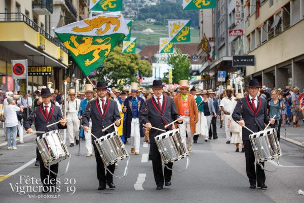 Journée cantonale, Thurgovie - Défilé, journee-cantonale-thurgovie, Journées cantonales, Porteurs drapeaux, thurgovie, Photographies de la Fête des Vignerons 2019.
