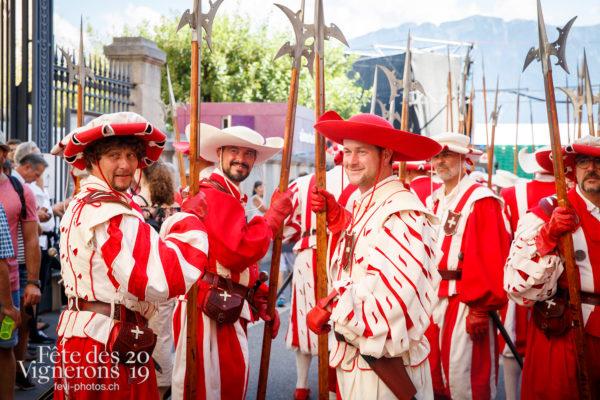 Journée cantonale, District Riviera Pays d'En Haut - Cent suisses, Défilé, District Riviera Pays d'En Haut, Journées cantonales, Un jour au Paradis, Photographies de la Fête des Vignerons 2019.
